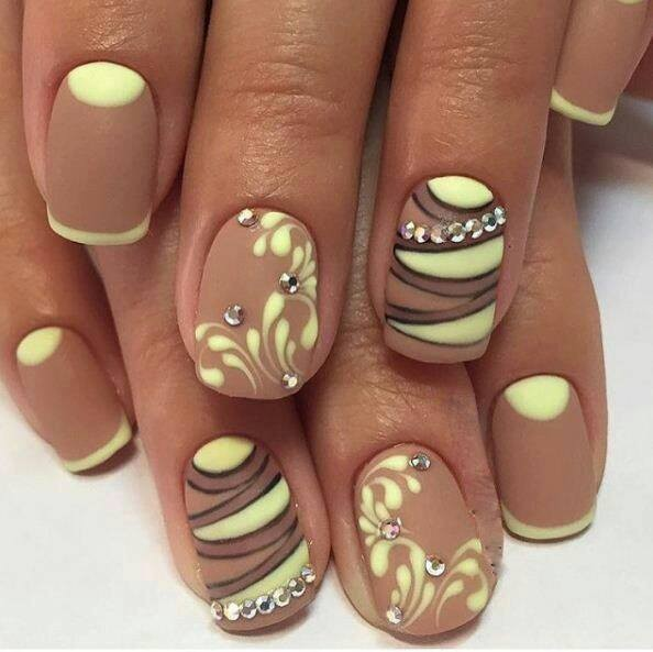 18 Beautiful Nail Trends to Try in 2017
