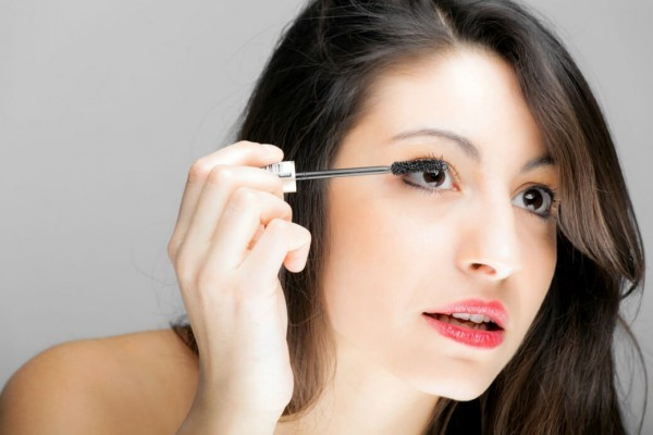 10 Eyeliner Mistakes & How to Avoid Them